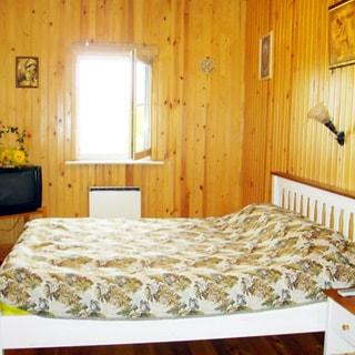 Современный коттедж 313 кв.м на 17 сотках ИЖС в Рощино (Выборгский) продается. Спальня