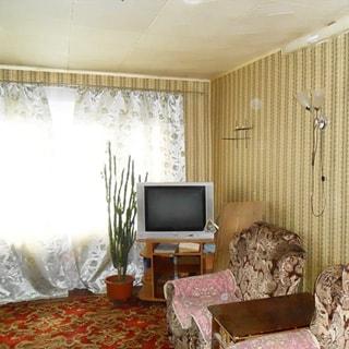 Двухкомнатная квартира 44 кв.м в деревне Почап (Лужский) продается. Комната 17.7 кв.м