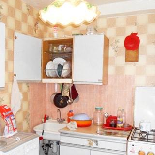 Двухкомнатная квартира 44 кв.м в деревне Почап (Лужский) продается. Кухня 6.6 кв.м, плита - газовая