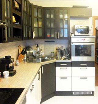 Трехкомнатная квартира 90 кв.м на Комендантском проспекте (Приморский, МО-69, Юнтолово) продается. Встроенная кухня, плита - электрическая