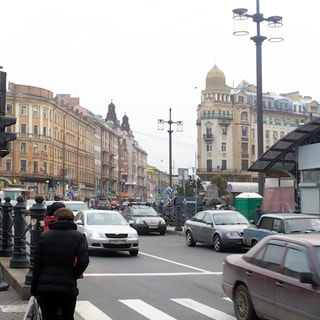 Трехкомнатная квартира 91 кв.м в переулке Гривцова (Адмиралтейский, МО-2, Сенной) продается. Сенная площадь (метро Садовая) - 1 минута пешком