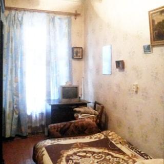 Трехкомнатная квартира 59 кв.м на набережной реки Фонтанки (Адмиралтейский, МО-2, Сенной) продается. Комната 8.3 кв.м