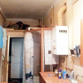 Трехкомнатная квартира 59 кв.м на набережной реки Фонтанки (Адмиралтейский, МО-2, Сенной) продается. Кухня 10.3 кв.м, душева кабина