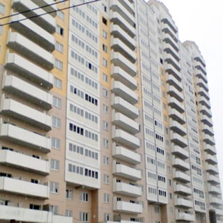 Новая квартира-студия 27(18) кв.м на Парашютной улице (Приморский, МО-70, Коломяги) продается. Фасад дома