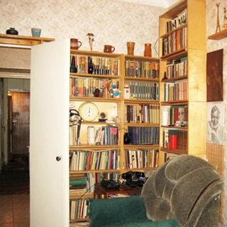 Трехкомнатная квартира 66 кв.м на Невском проспекте (Центральный, МО-79, Литейный) продается. Проходная комната 17.2 кв.м