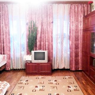 Трехкомнатная квартира 94 кв.м на углу Лермонтовского и Канонерской (Адмиралтейский, МО-1, Коломна) продается. Комната 25.5 кв.м