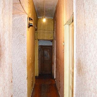 Шестикомнатная квартира 166 кв.м на канале Грибоедова (Адмиралтейский, МО-2, Сенной) продается. Коридор 6.9 кв.м, полы - дощатые